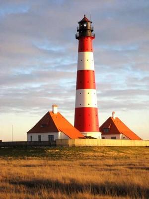 Typischer Nordsee Leuchtturm