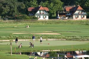 Unsere Ferienwohnungen und unser Golfplatz